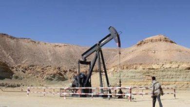 أسعار النفط تلامس 52 دولاراً للبرميل بفضل تراجع المخزونات الأميركية