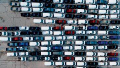 أشباه الموصلات تخنق صناعة السيارات
