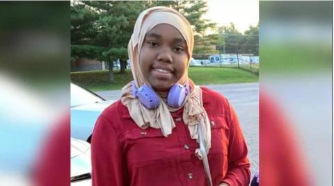 استبعاد طالبة أميركية من مباراة للكرة الطائرة بسبب الحجاب