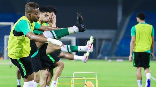 الأخضر الأولمبي يواصل معسكره في الدمام.. والإصابة تبعد الغنام