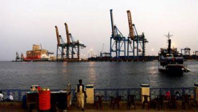السودان يدشن آليات مناولة حديثة في موانئه البحرية