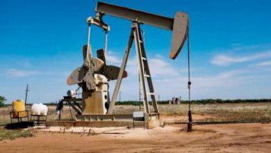«الطاقة الدولية»: موجة {كورونا} الجديدة تبطئ تعافي الطلب على النفط