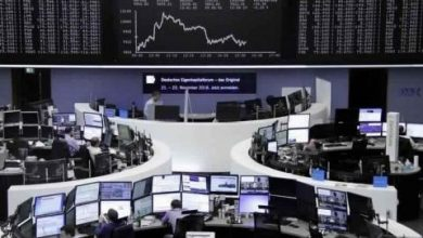 تراجع الأسهم الأوروبية بفعل انخفاض السلع الأولية ومخاوف الفيروس
