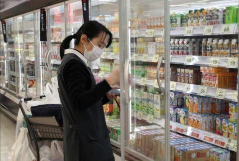 تراجع مبيعات التجزئة في اليابان خلال الشهر الماضي