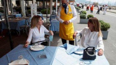 دراسة: المطاعم والحانات بؤر محتملة لـ«كورونا» لهذا السبب