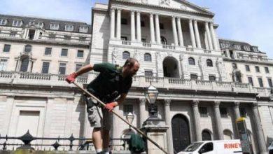 عجز الميزانية في بريطانيا يسجل ثالث أعلى زيادة له منذ عام 1993