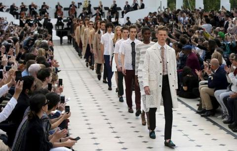 «كورونا» ليست السبب الوحيد...إلغاء أسبوع الموضة في لندن خلال يناير 2021