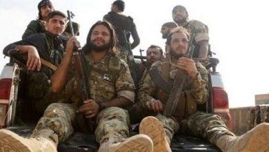 ليبيا.. تركيا تحشر مرتزقتها بمعسكرات مغلقة لوقف السرقات
