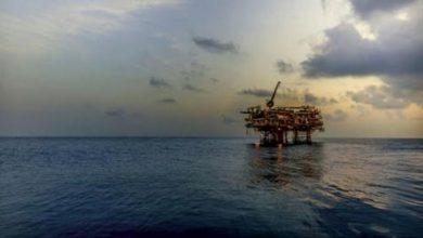 «مبادلة للبترول» توقّع مع مصر اتفاقية تنقيب بالبحر الأحمر