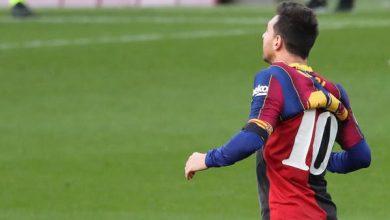 """نجل مارادونا يطلب سحب الرقم """"10"""" من ميسي"""