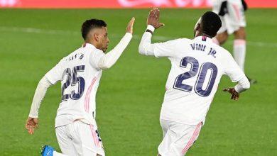 هدف فينيسيوس المتأخر يمنح ريال مدريد التعادل أمام سوسييداد