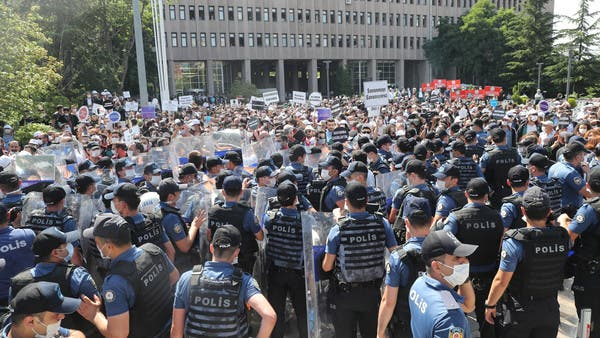 هيومان رايتس: حكومة أردوغان تواصل انتهاك سيادة القانون